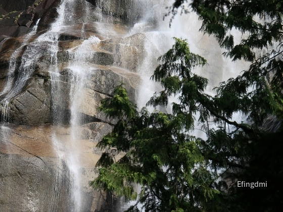1 Shannon Falls Squamish