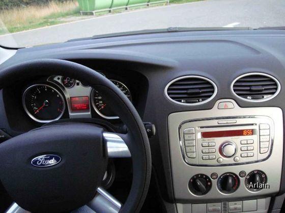 Ford Focus 1.6 (Hertz, Gruppe D)