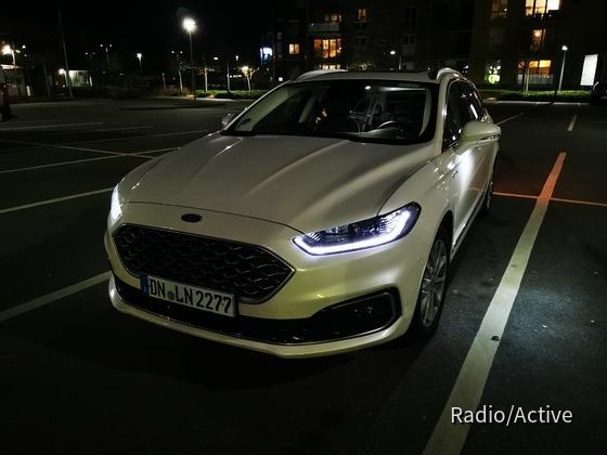 Ford Mondeo Vignale | Hertz Bonn