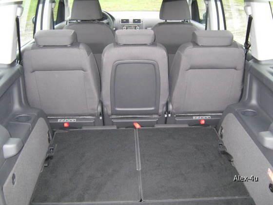 VW TOURAN 002