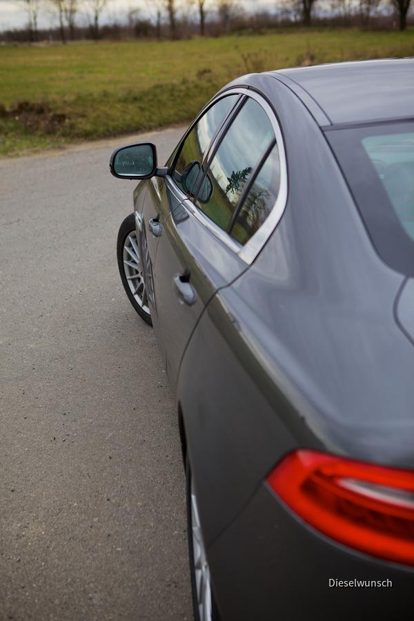 Jaguar XE E-Performance