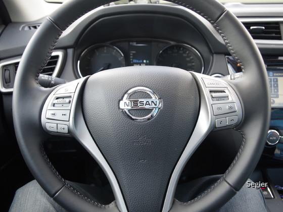 Nissan_Qashqai-8