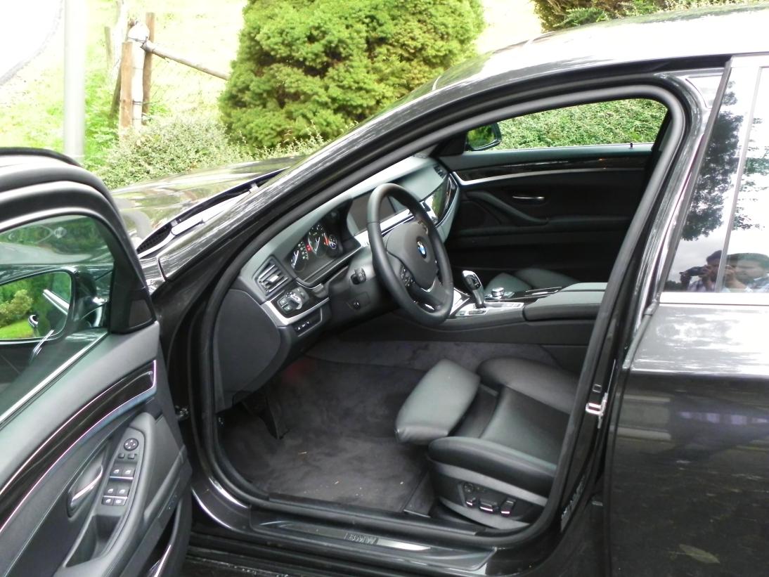 BMW 525dA   Sixt BMW-NL Bonn