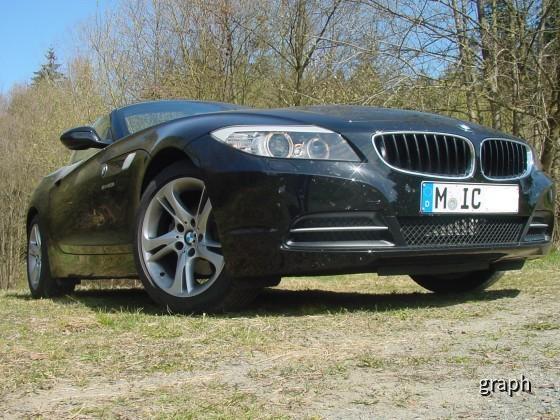 BMW_Z4_23i_vorne_links