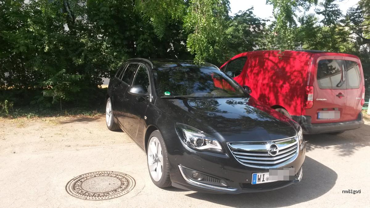 Opel Insignia -  Caro