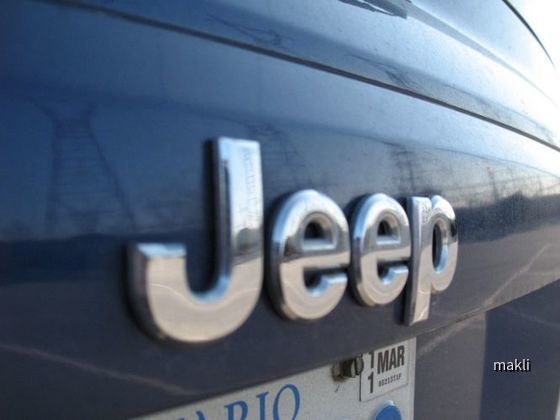 AVIS Canada - Jeep Patriot