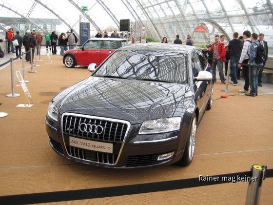 Audi A 8 W12.JPG