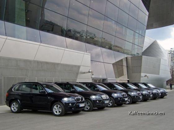 Vor der BMW Welt in München....