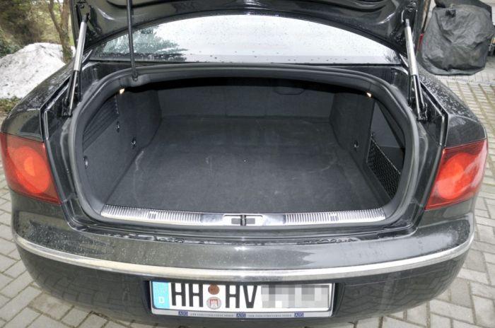 Europcar   VW Phaeton 3.0TDI