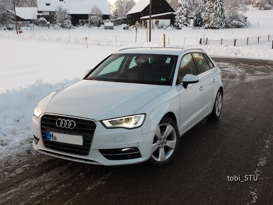 Audi A3 1.4TFSI Ambition S-Tronic (1)