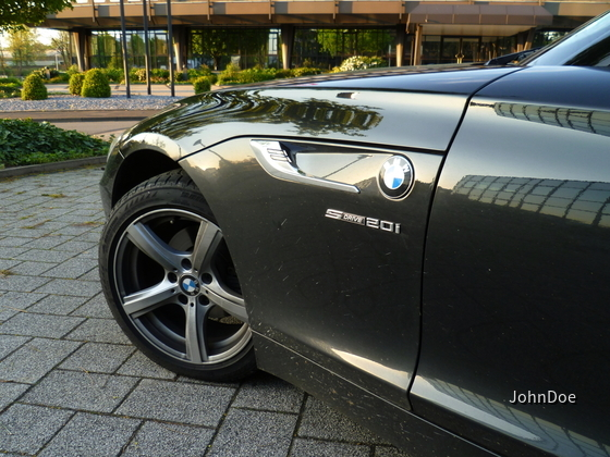BMW Z4 sDrive20i | Sixt Detmold