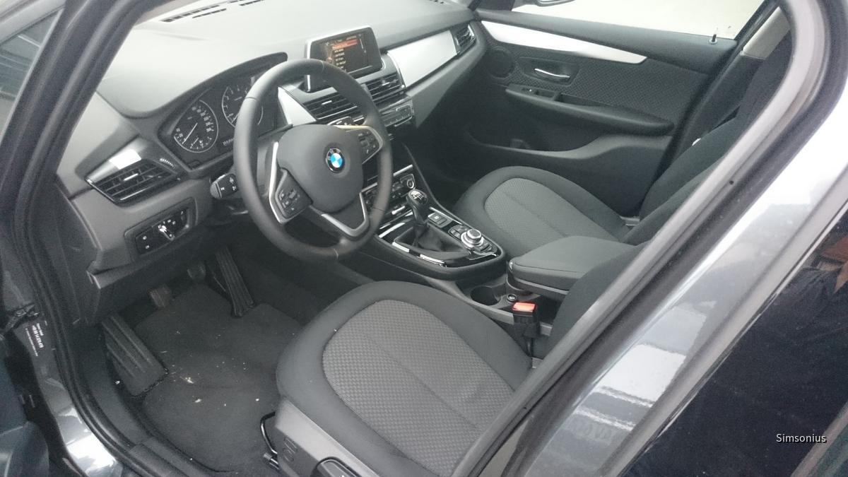 BMW 218i AT Sixt