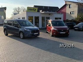 Ford Tourneo Connect bei Hertz in Düsseldorf (Hilden)