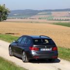 HERTZ_BMW320dATM_Außenansicht2