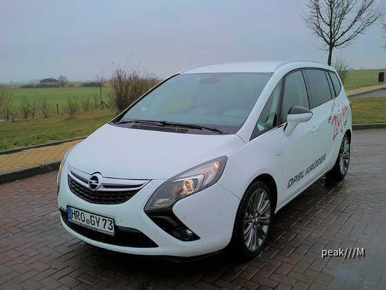 Zafira Tourer von Opel Krüger Rostock, 28.2.