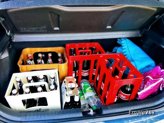 Der Kofferaum ist groß genug für die wöchentliche Fahrt zum Getränkemarkt
