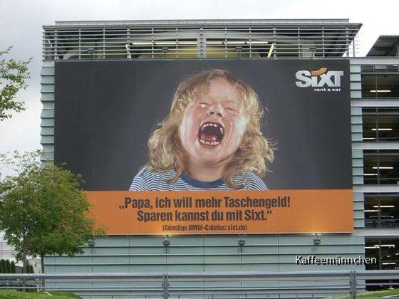 Sixt Werbeplakat am Münchener Flughafen