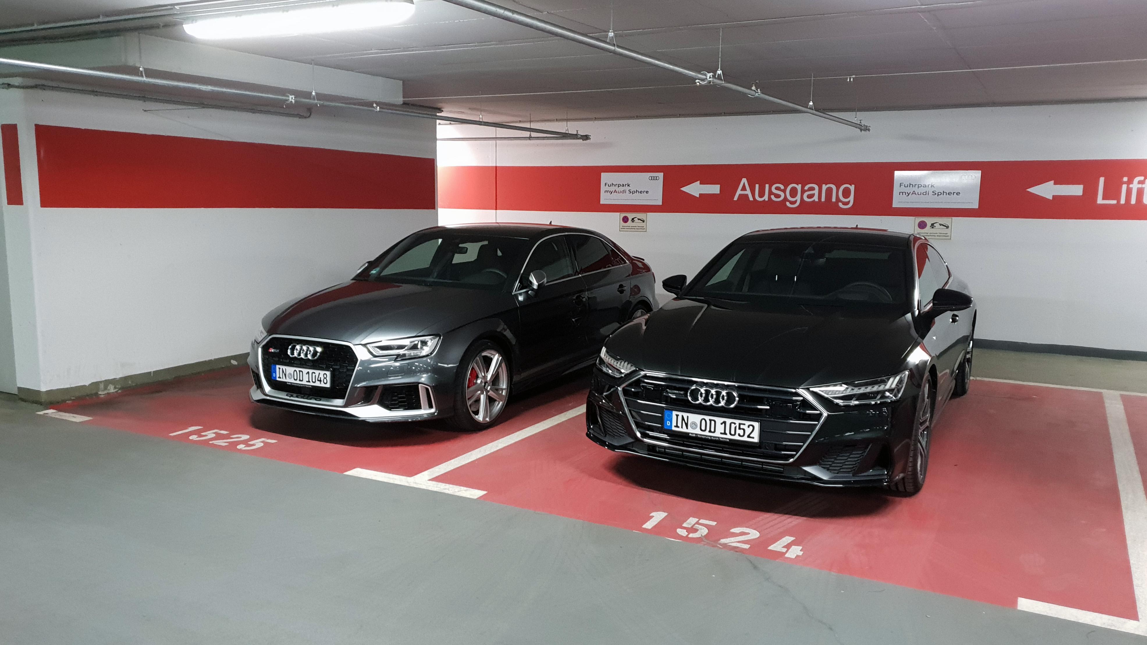 RS3 und A7 auf Audi Demand Parkplatz Mietwagen Talk Das