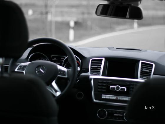 neue Mercedes Benz ML-Klasse