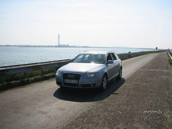 Audi A6 3.0 TDI Quattro am Abschlussdeich in Holland
