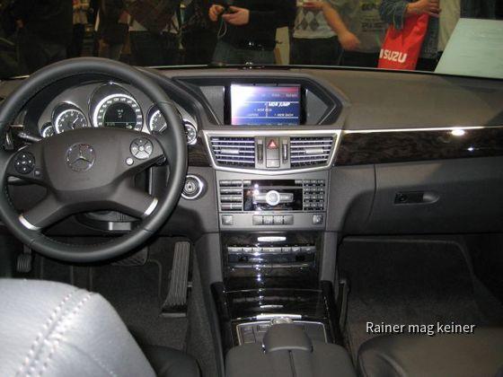 Mercedes Benz E 350 CGI(3).JPG