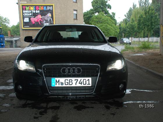 Audi A4 (2)