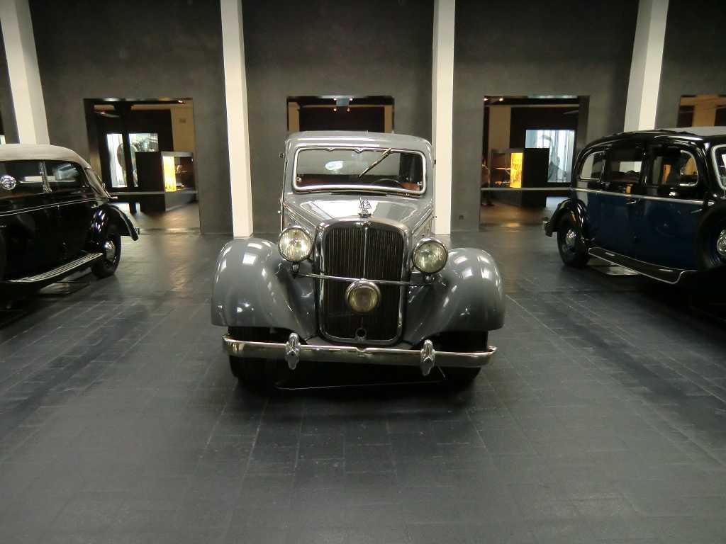 Maybach Museum (41)