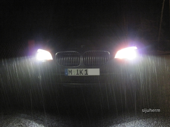 740D_Front_Nacht