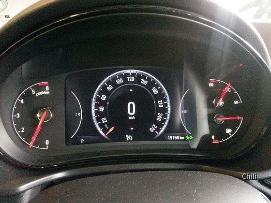 Opel Insignia ST 2.0 CDTi (5)
