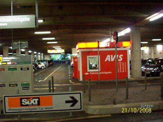 AVIS Checkin Airport Düsseldorf Parkhaus (Flughafen DUS)
