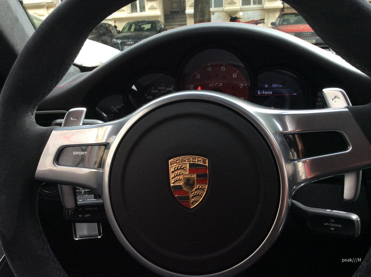 911 Carrera 4 GTS von Avis