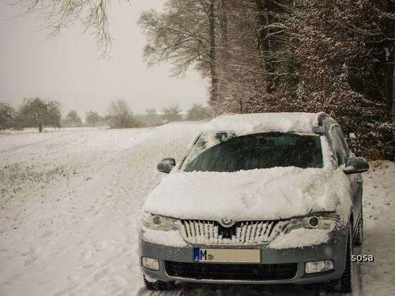 Skoda Superb im Schnee