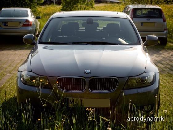 BMW330dA01