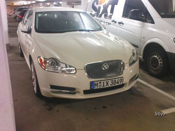 Jaguar XF SIXT