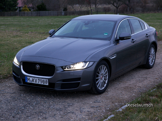 Jaguar XE E-Performance