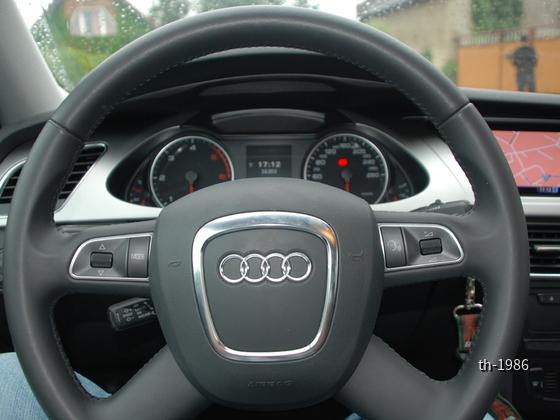 Audi A4 (10)