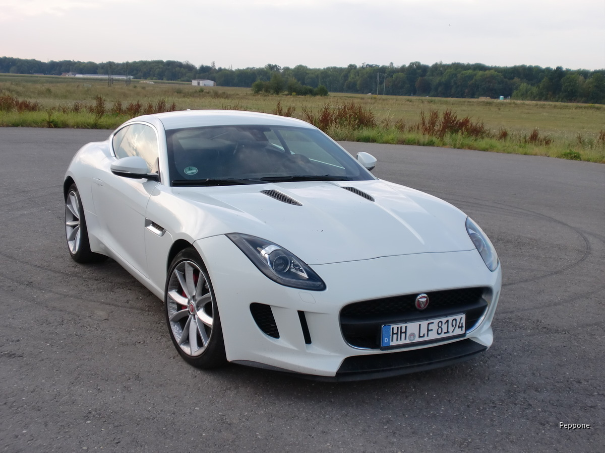 Jaguar F-Type Coupe 001