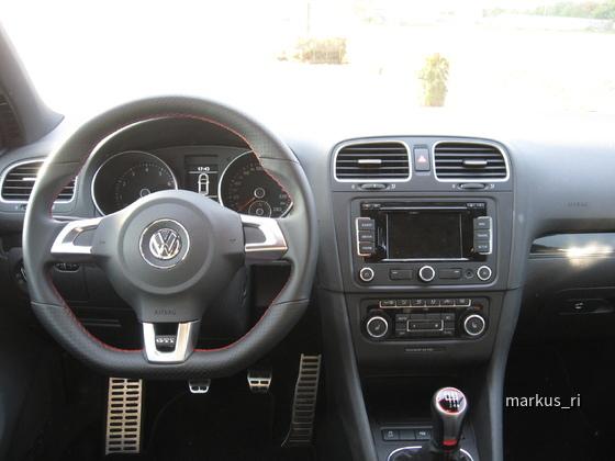 VW Golf GTI, AVIS