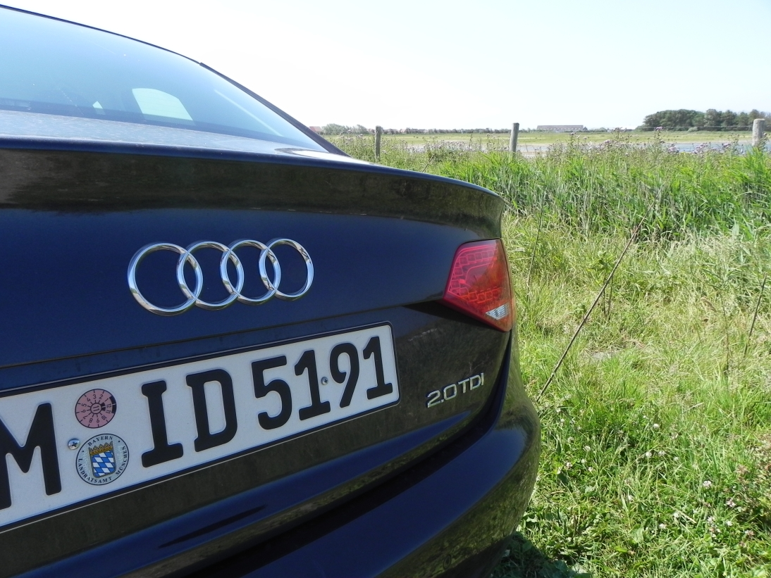 Audi A4 2.0 TDI   Sixt Siegburg