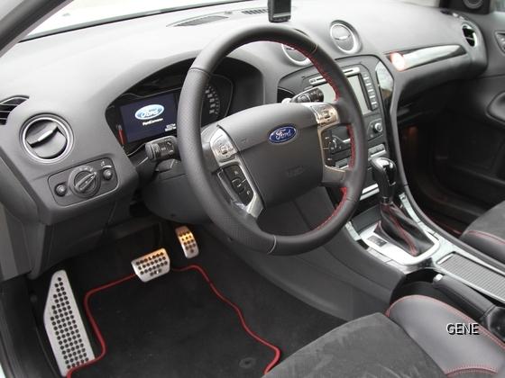 FordMondeoTurnier2.2TDCi_Innenansicht1