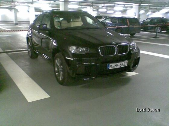 BMW X6M - BMW on Demand