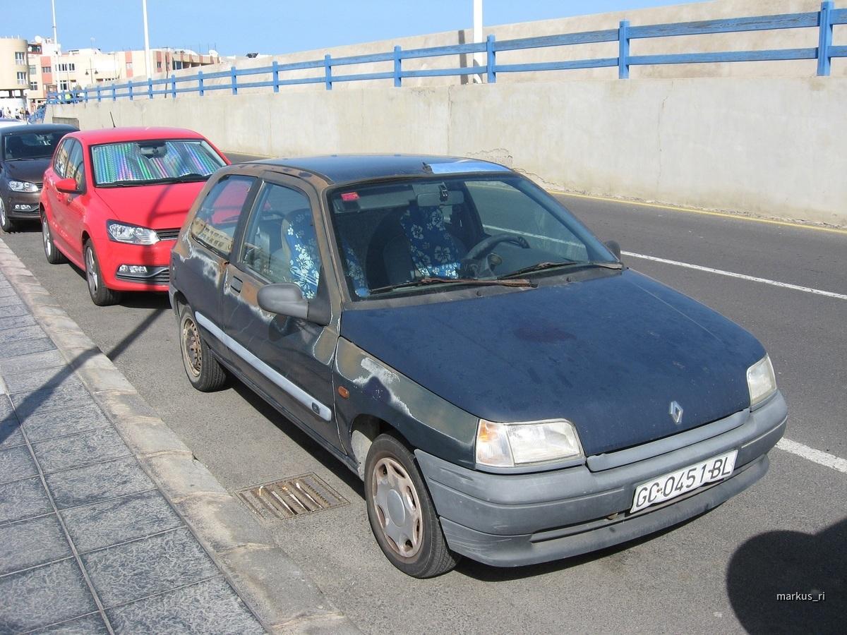 Renault Clio @ FUE
