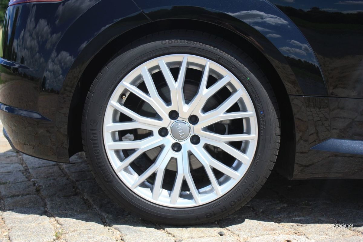 Audi TT Roadster 2.0 TFSI quattro S tronic S-Line