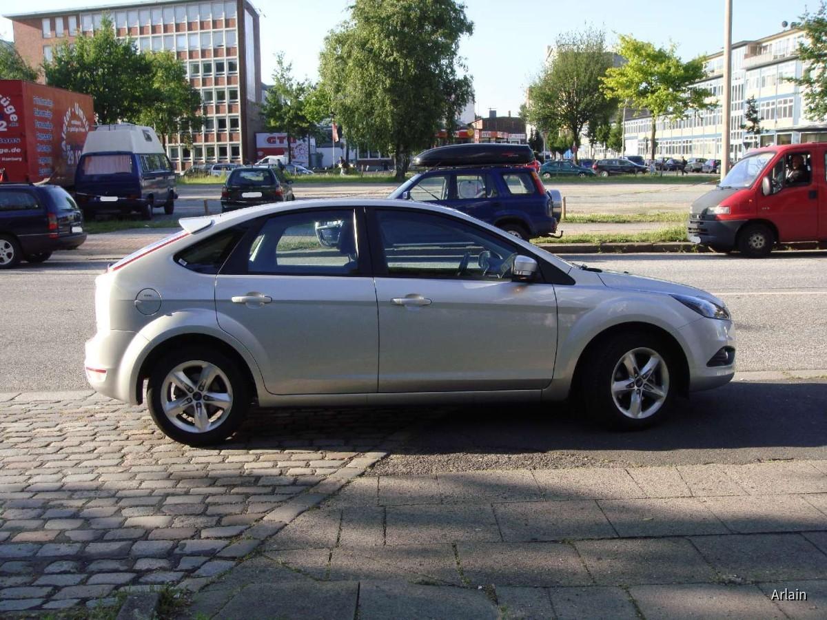 Ford Focus 1.6 TDCi | Hertz Hamburg
