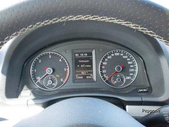VW Scirocco 2.0 TDI 008