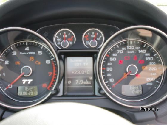 Audi TT 2.0 TFSI Roadster 003