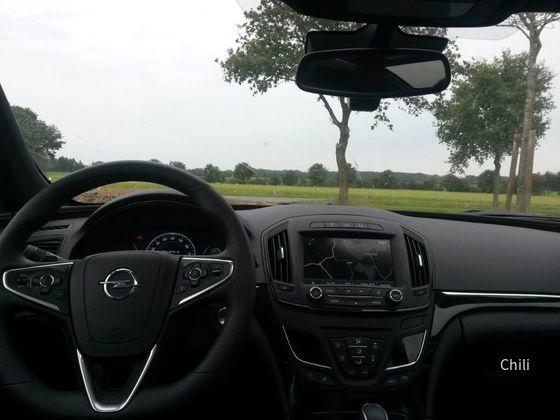 Opel Insignia ST 2.0 CDTi (9)
