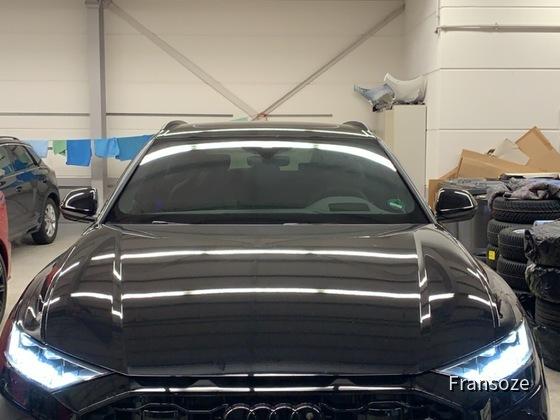 Audi RSQ8 STARCAR TRIER