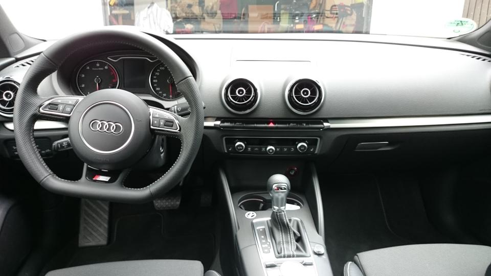 Audi A3   Sixt Bonn-Bad Godesberg