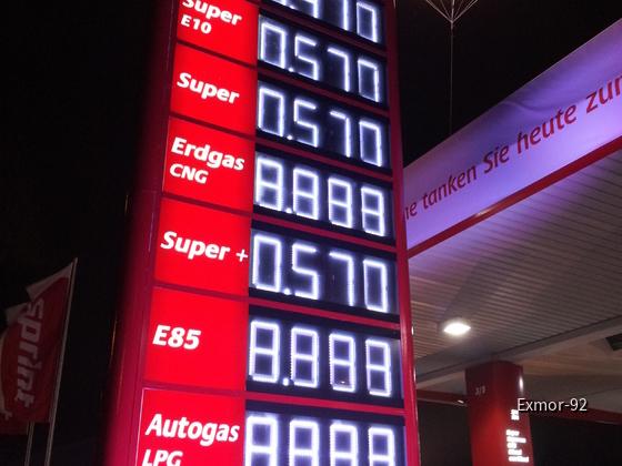 Tanken zum Preis von 1989 - Berlin